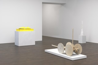10cy-twombly-sculpture.jpg
