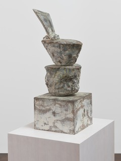15cy-twombly-sculpture.jpg
