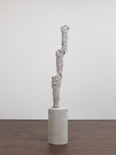 17cy-twombly-sculpture.jpg